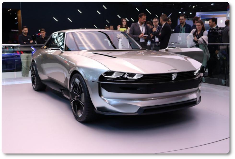 imagen coches eléctricos en La Roda